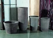 vasi in terracotta grigia